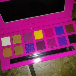 🆕 Alyssa Edwards Abh Palette 😍